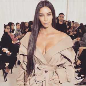 Kim Kardashian Tied Up in Bathroom, Robbed at Gunpoint in Paris